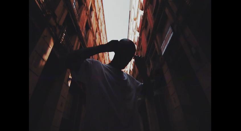 Alpha Wann t'emmène à Barcelone dans son nouveau clip !
